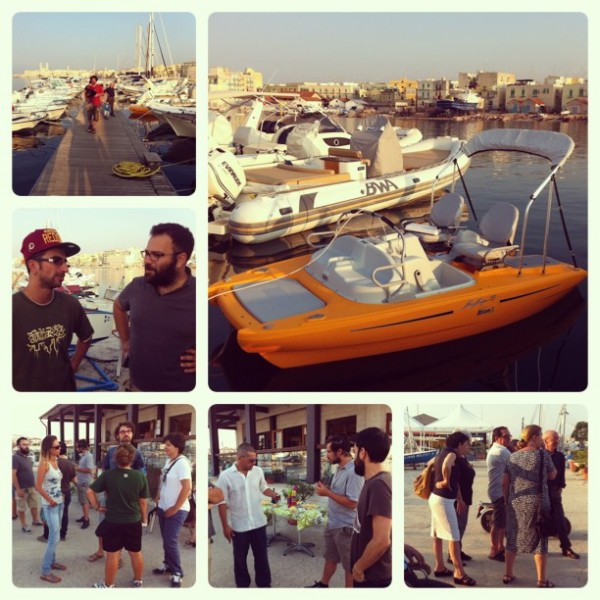 Viaggio della Puglia in pedalò