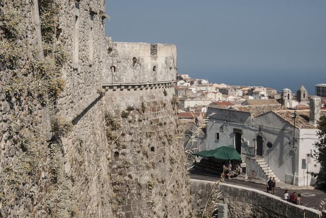 Gargano Segreto Ed I Suoi Castelli Medievali: Castello di Monte Sant'Angelo